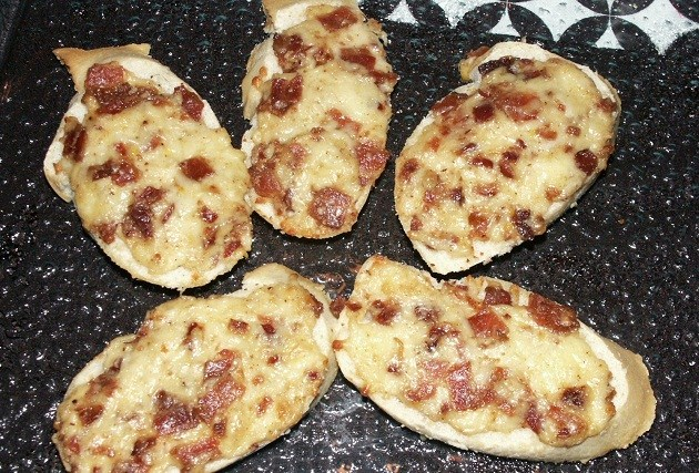 Here's our cheesy bacon appetizer recipe from New Years eve. It ...