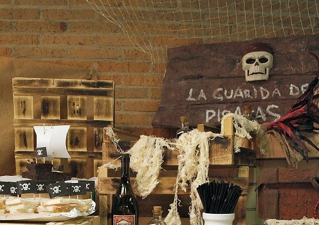 Rustic Pirate Birthday Party {guest feature}