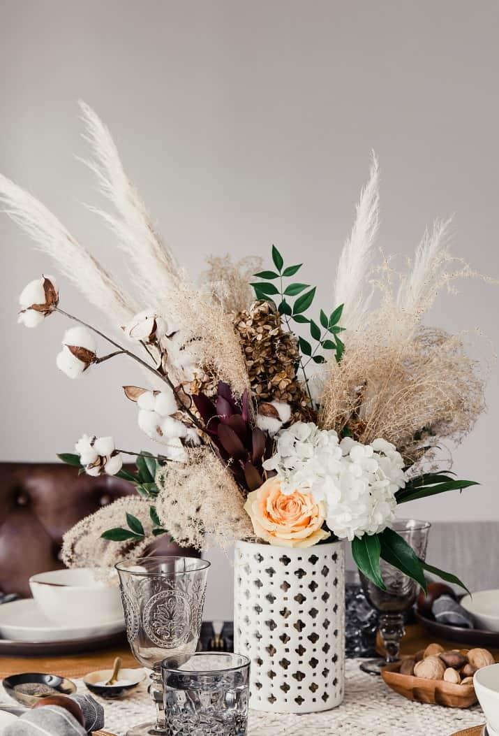 fall centerpiece, pampas grass in white vase