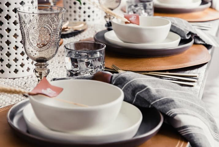 Beautiful Thanksgiving Tablescape + Easiest Dinner Plan
