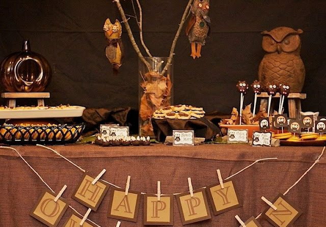 Owl Themed Treats Table