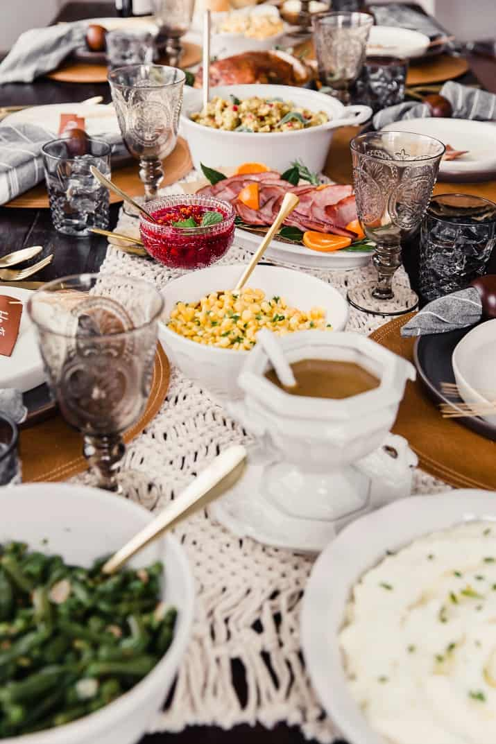 Thanksgiving table setting with food