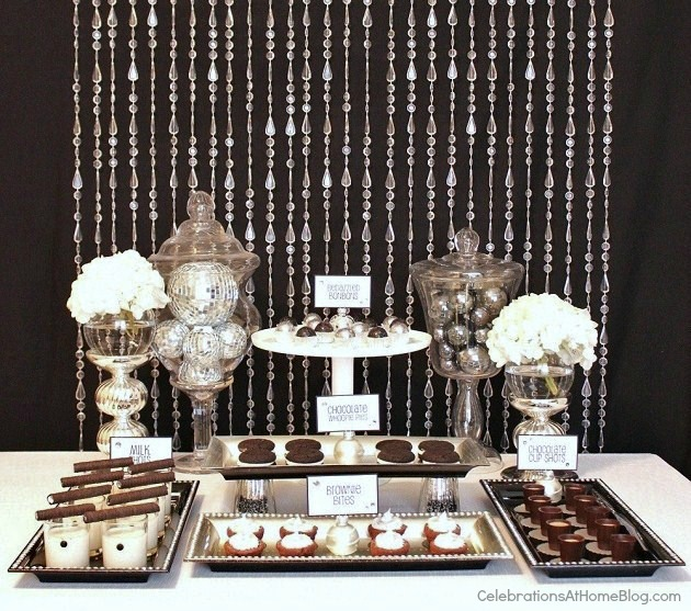 black & white Glam dessert table