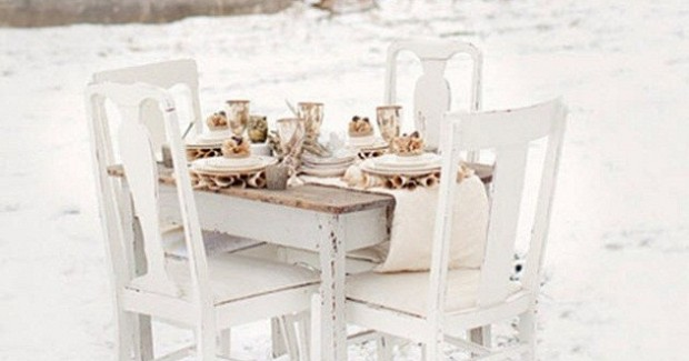 Rustic Winter White Setting