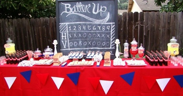 """Batter Up"" Baseball Party {Guest Feature}"