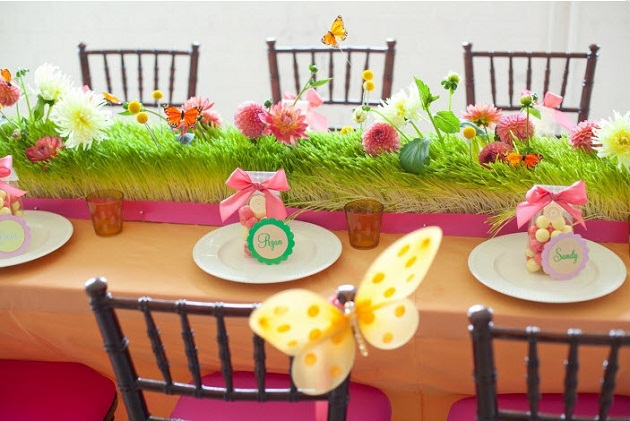 Designer Kids Tables For Weddings & Birthdays {guest feature}