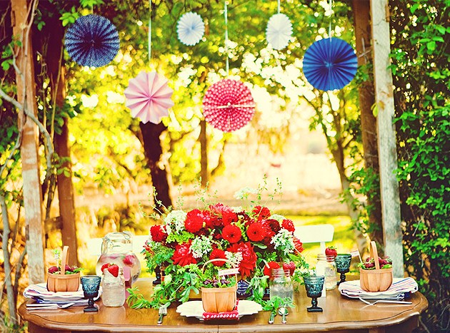 red white and blue elegant table setting