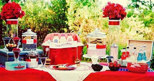 """All American"" Backyard Picnic-Style Shoot"