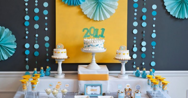 "Graduation Party Ideas – ""A Bright Future"" {guest feature}"