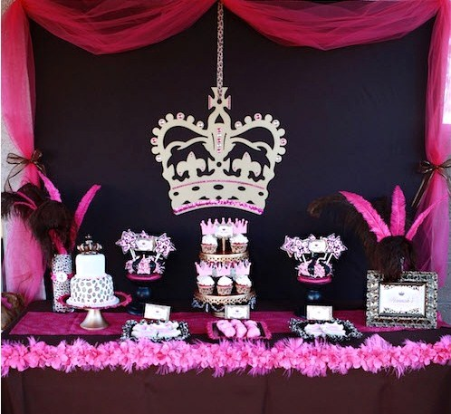 Chic leopard princess party celebrations at home for Animal print decoration party