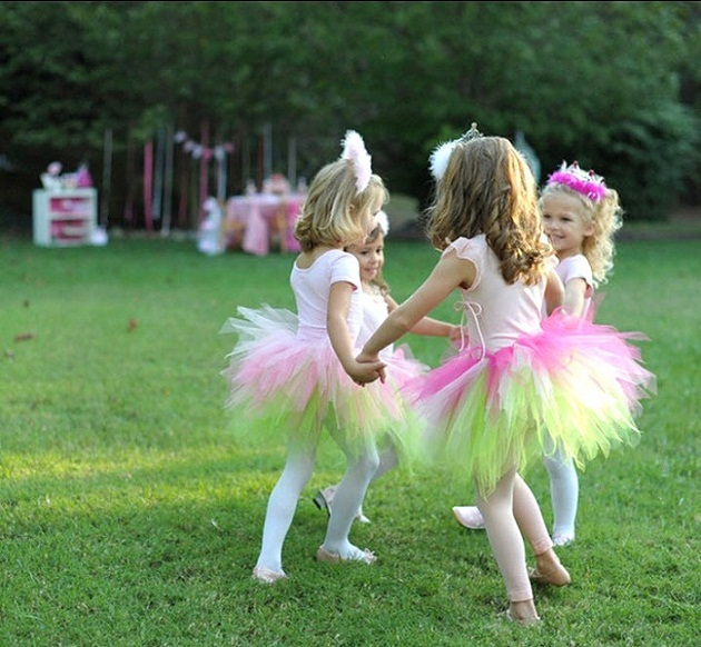 pink princess tea party, girls playing in tutus
