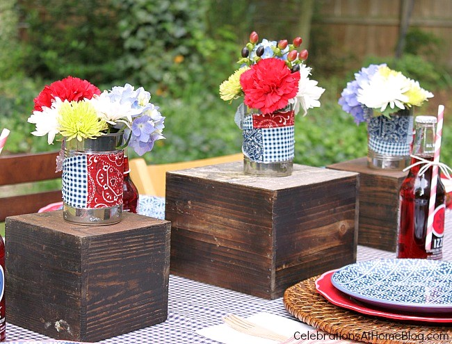 Backyard cookout centerpiece. More ideas and FREE printables here.