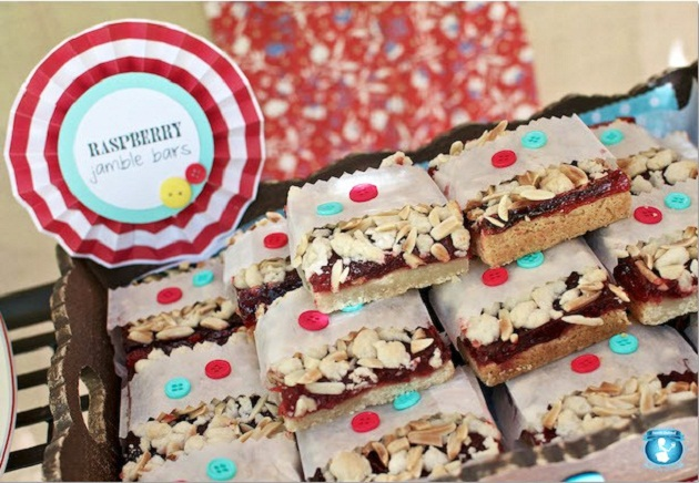 Picnic Style Baby Shower {guest feature}