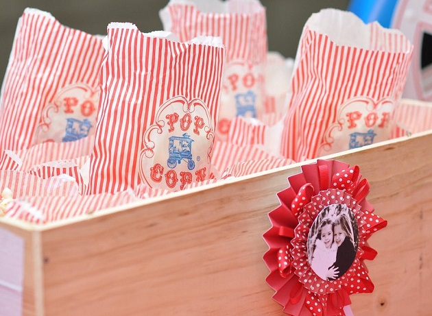Classic Carnival Birthday Party popcorn bags