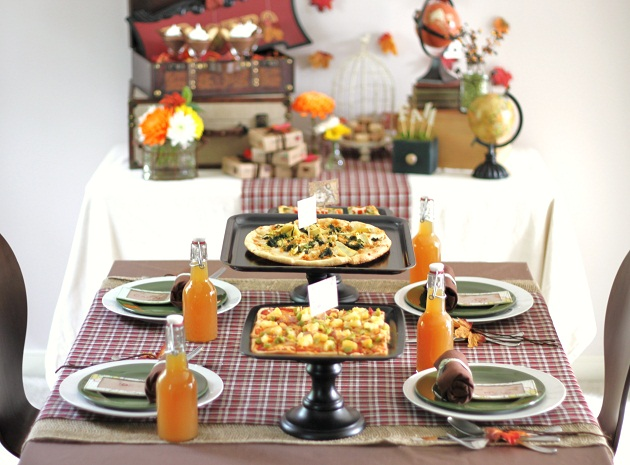 Great ideas for hosting a pizza party with a travel theme.