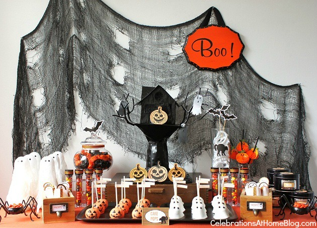 kids-halloween-dessert-table