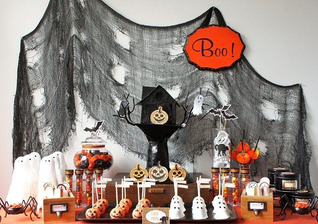Kids Halloween Treats Table