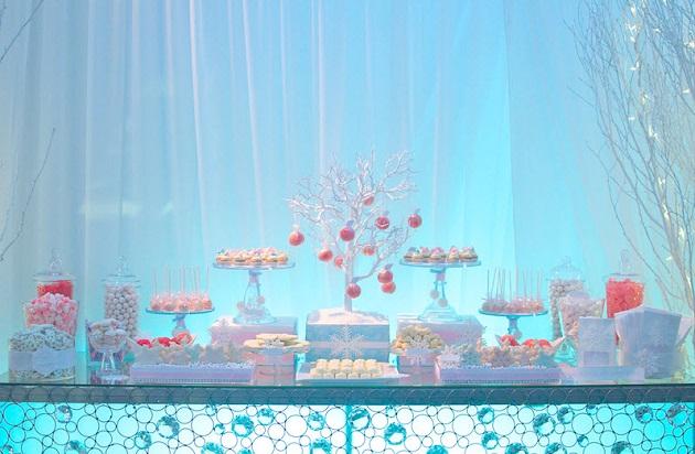 be5fb25bb97e Pink   Blue Winter Wonderland Dessert Table  guest feature ...
