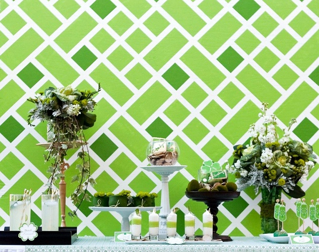 Use this painted backdrop tutorial to create your own modern, graphic, eye catching background to any party table, in any color you want.