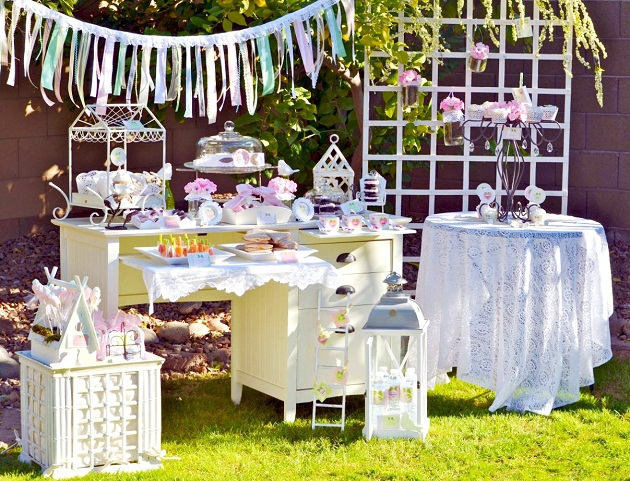 shabby chic garden party guest feature celebrations at home. Black Bedroom Furniture Sets. Home Design Ideas