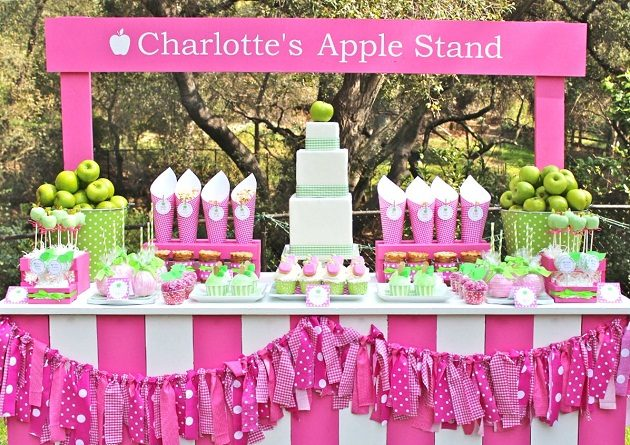 """""""Apple Of My Eye"""" Birthday Party {Guest Feature}"""