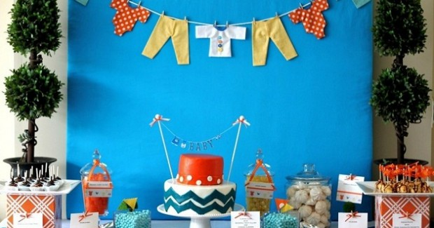 """Baby Clothesline"" Baby Shower {Guest Feature}"