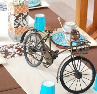 """Bicycle Built For Two"" Bridal Shower {Guest Feature}"