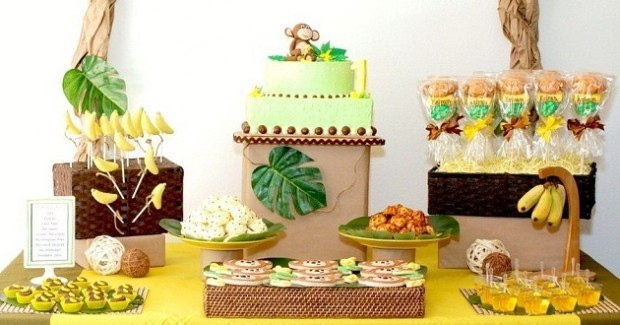 Monkeys & Bananas First Birthday {guest feature}