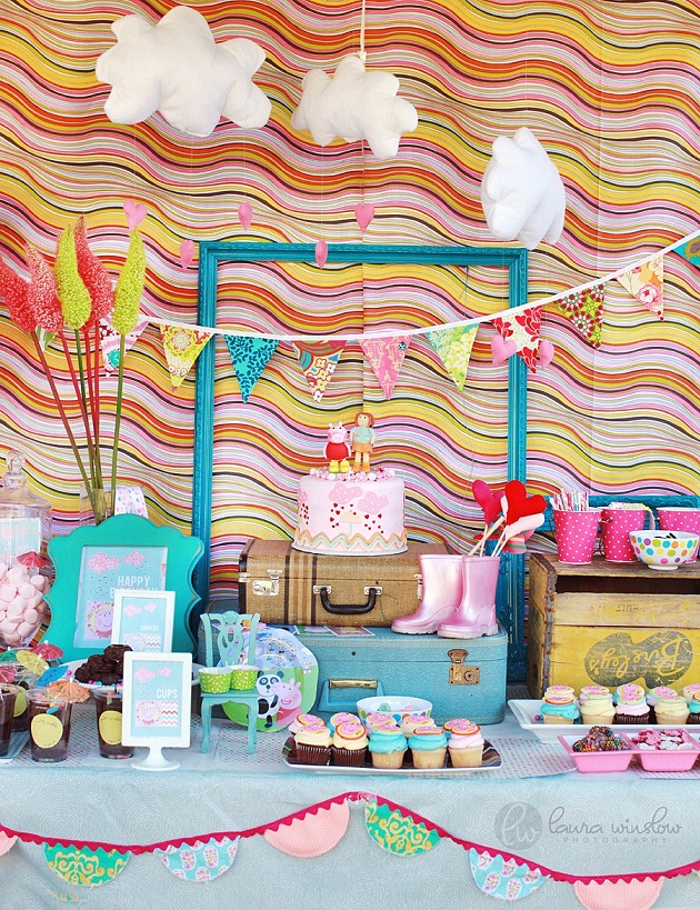 Party I Have To Share Today Created By Photographer Laura Winslow For Her Daughters 3rd Birthday The Theme Is From A British Cartoon Peppa Pig And