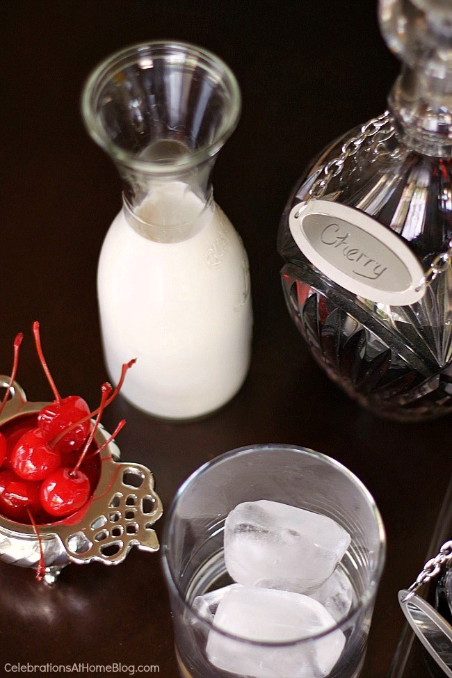 This cherry almond cream cocktail is such a great after dinner drink. Try it here.