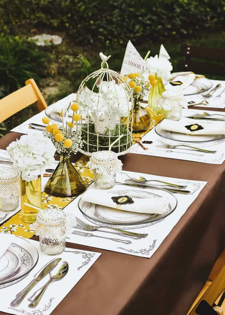 Graduation Party Ideas Keys To Success Theme gold and brown tablescape