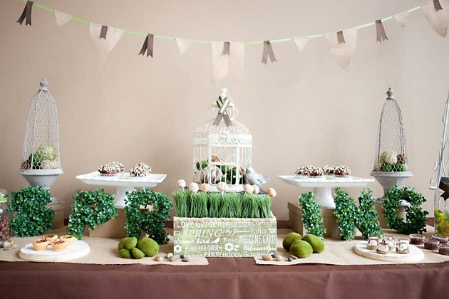 Garden Inspired Dessert Table {Guest Feature}