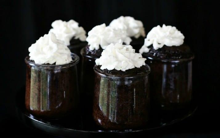 chocolate lava cakes in jars