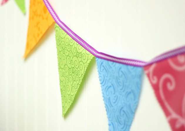 Party Design Basics – No-Sew Fabric Bunting With VERSATILITY