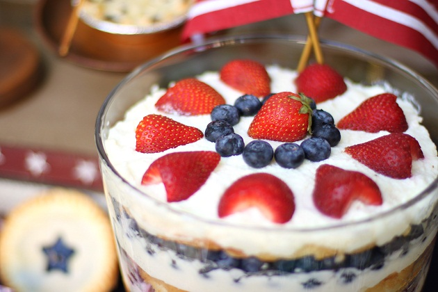 4th of July Party Ideas, dessert trifle