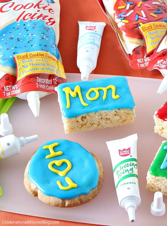 Make these easy school treats for the kids lunch box, an after school snack, or a sweet teacher gift.