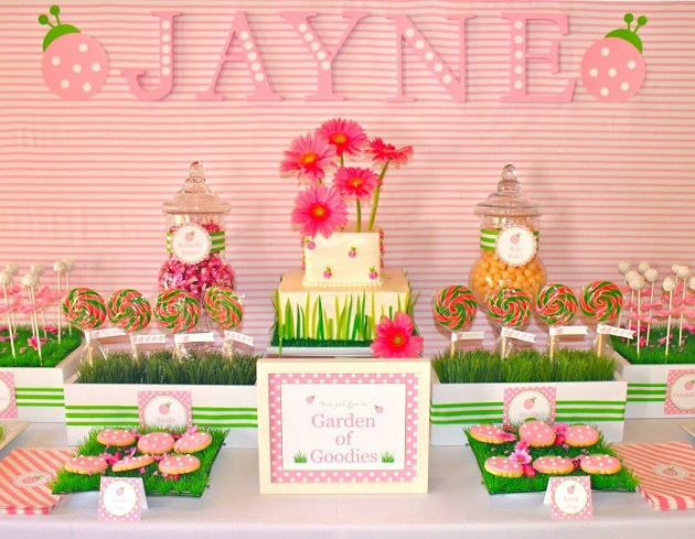 Love bug birthday party guest feature celebrations at home - Decoracion fiesta jardin ...