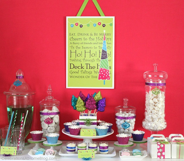A bright & glittery holiday party is perfect for the entire family. Get some fabulous ideas for a treat table, here.
