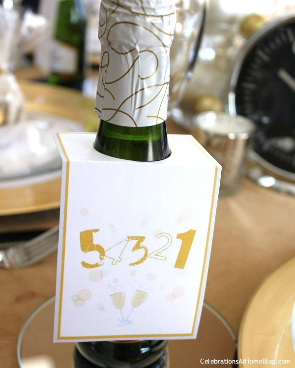 mini champagne bottles with hanging card