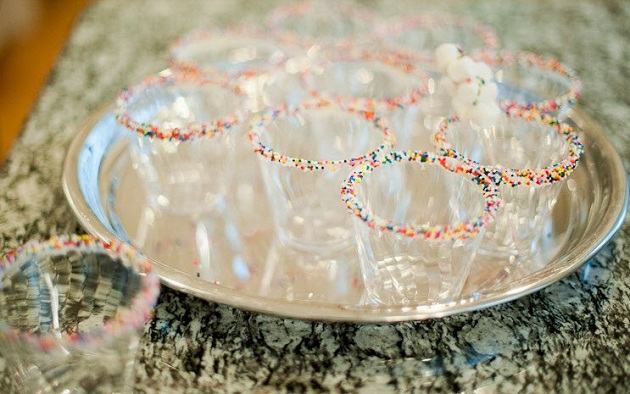 sprinkles-rimmed glasses