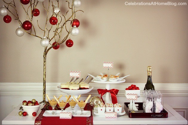 My 5 top tips for holiday entertaining, based on hosing countess cocktail parties over the years.