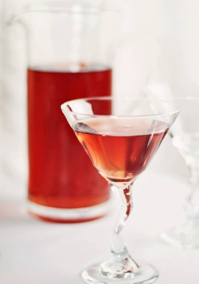 Christmas Cocktail Party Ideas, red martini