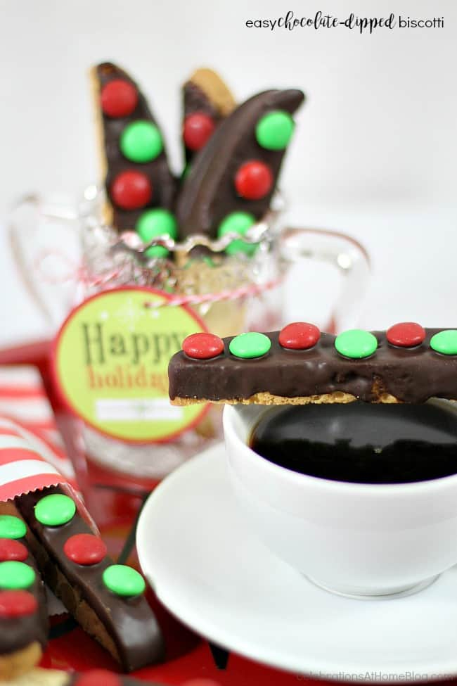 easy chocolate dipped biscotti holiday treats.