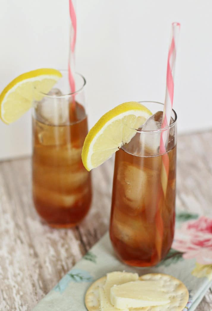 two southern style iced tea cocktail glasses with lemon