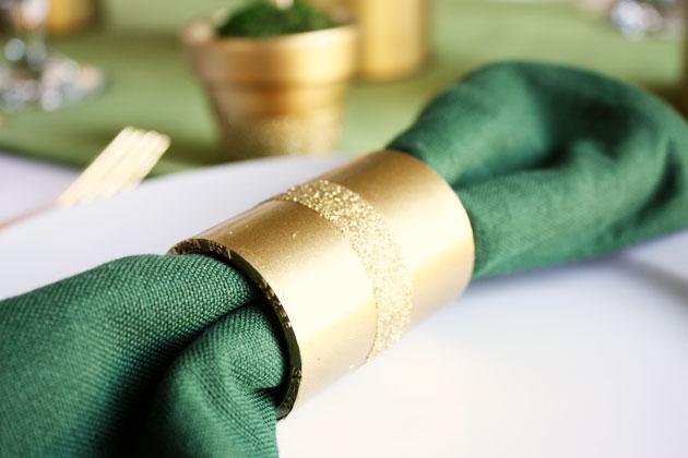 easy-spray-paint-napkin-rings-1
