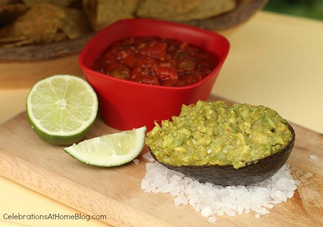 guacamole served in avacado 'bowl' - cinco de mayo ideas