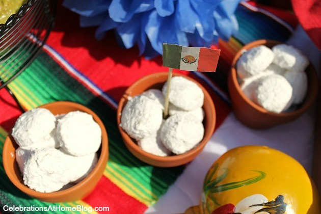 Mexican wedding cookies for cinco de mayo