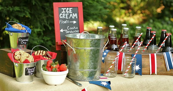 Entertaining : Set up an Ice Cream Bar for a Casual Dessert