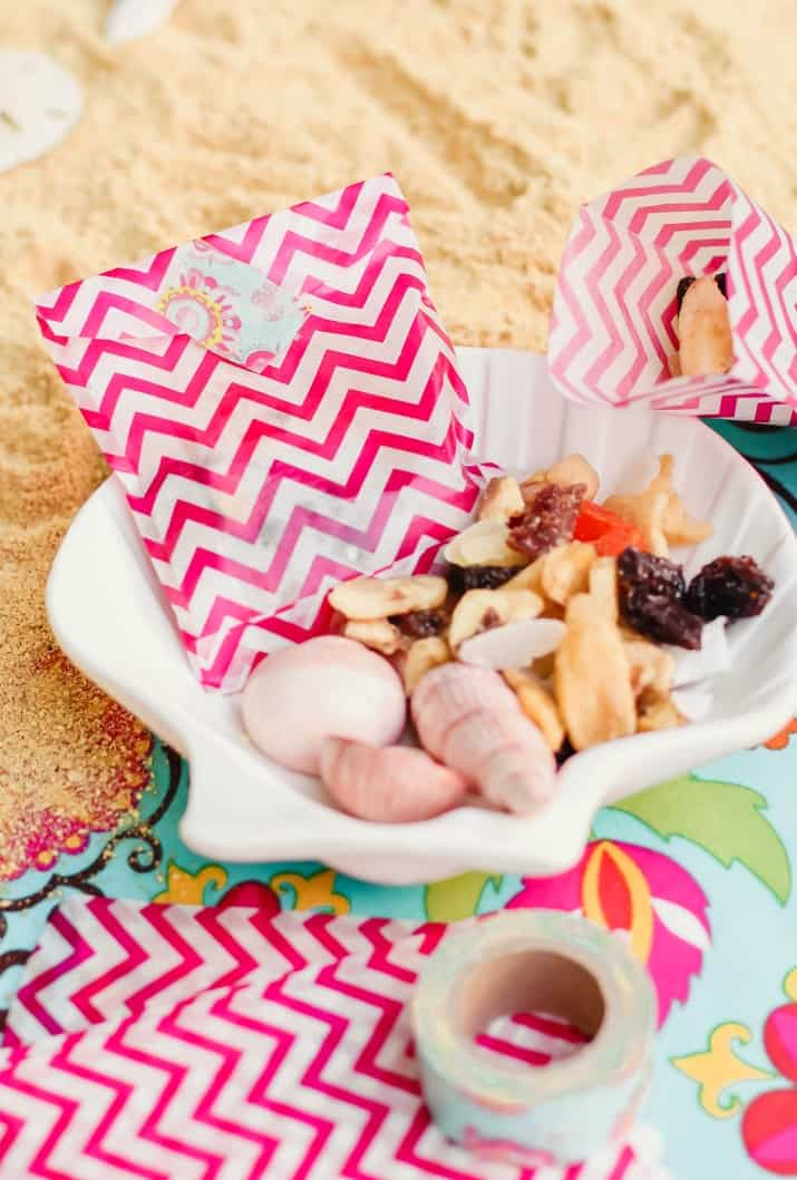 easy party favor trail mix bags