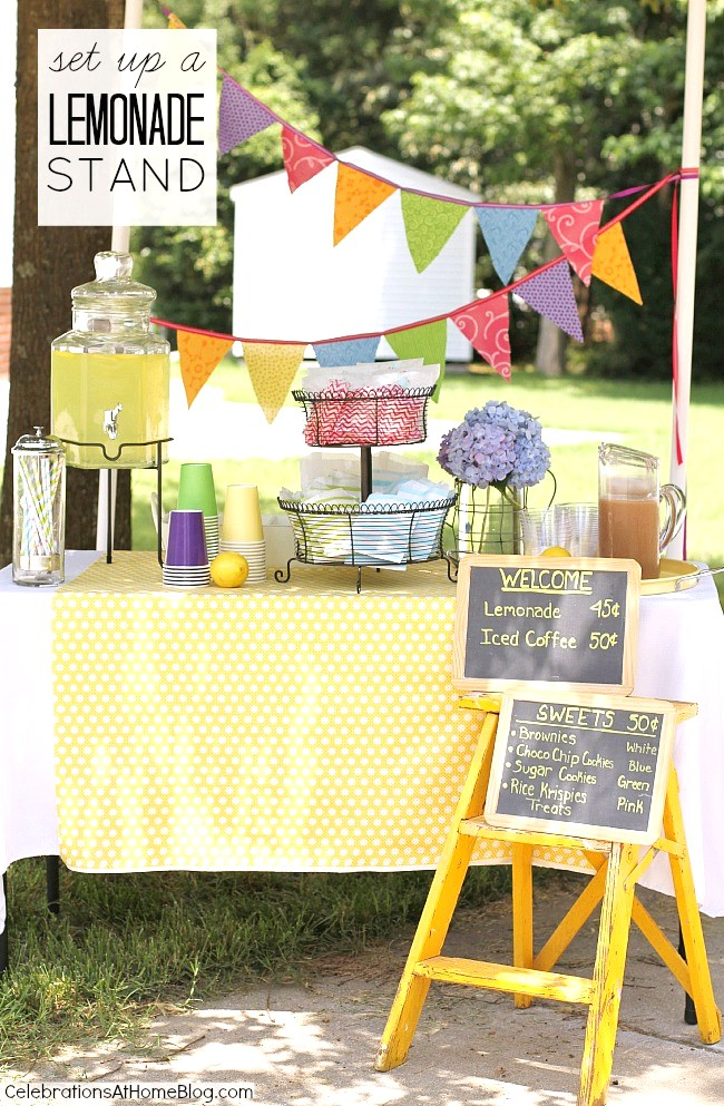 All the ideas you need to know to set up a lemonade stand with the kids.